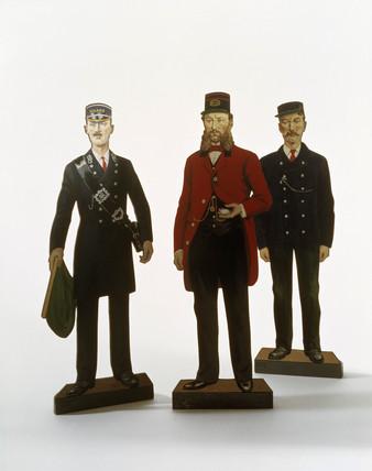 Three model figures of railwaymen, (scale 1