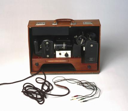 Portable electrocardiograph, 1946.