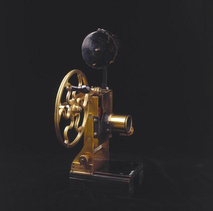 Riley Kineoptoscope projector, 1896.