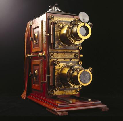 Monarch Ethopticon magic lantern, c 1880.