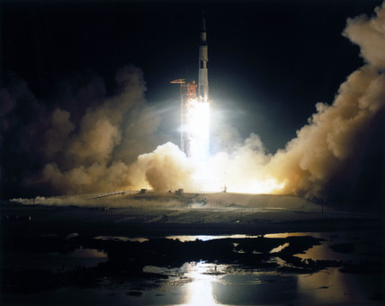 Launch of the Apollo 17 mision, 1972.