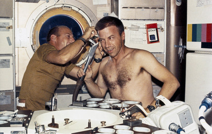 Haircut on Skylab, 1973.