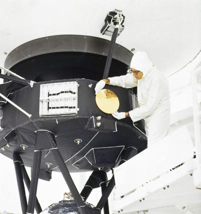 Voyager 2 spacecraft, 1977.