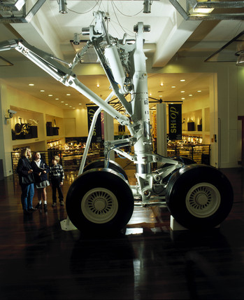 The Mesier-Dowty aircraft landing gear, Science Museum, London 1996.