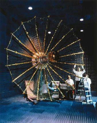 TDRs satellite antenna system, 1980s.