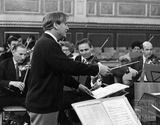 Yehudi Menuhin in rehearsal with Bath Festival Orchestra c.1960