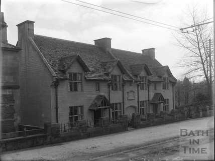 Mrs. Carr's Almshouses, Weston, Bath c.1903
