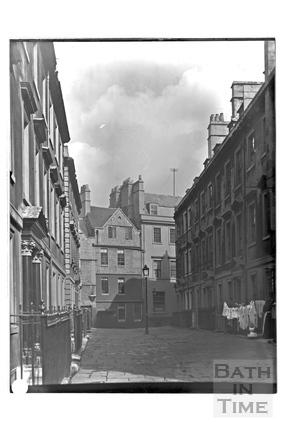 North Parade Buildings (Galloway's Buildings), Bath c.1903