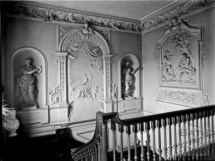 Plasterwork, 15, Queen Square, Bath c.1903