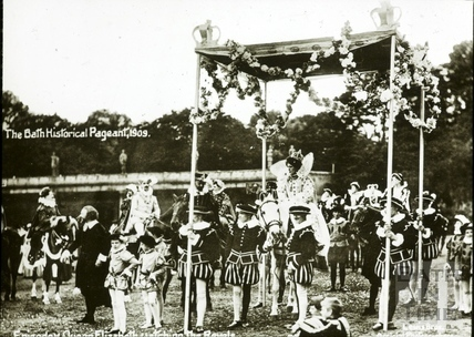 Bath Historical Pageant. Episode 5. Elizabeth at Revels July 1909