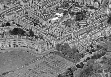 Aerial view of the Royal Crescent, Bath c.1950 - detail