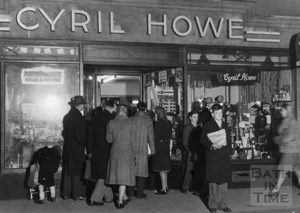 Cyril Howe Photographic shop, 38 Milsom Street c.1955