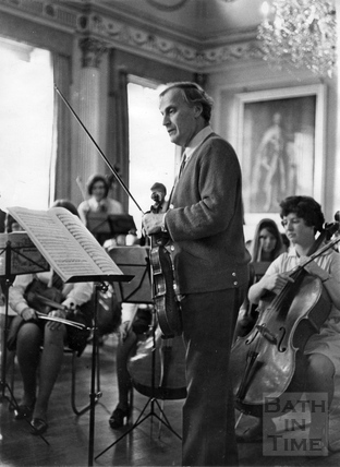 Yehudi Menuhin with the Schools Orchestra 1966