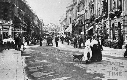 Milsom Street Shoppers c.1900