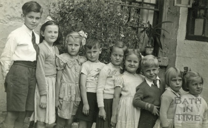 Birthday Party line-up, Ballance Street 1952