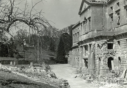Damage to the west wing of Prior Park College, Bath, August 1942
