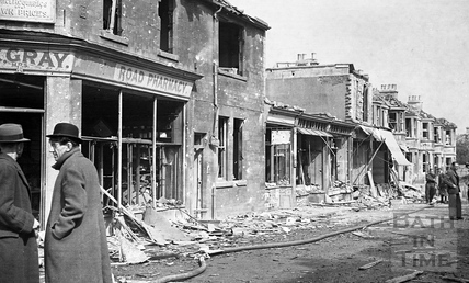 Hayes Place, the corner with Holloway at Bear Flat, Bath, April 1942
