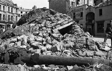 Shelter in Kingsmead Square, Bath, April 1942