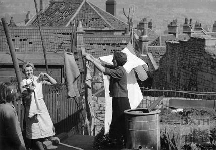 Wartime wash day in Bath, 1942