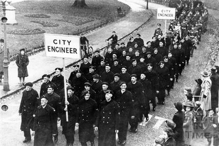 ARP Service Parade, leaving Royal Victoria Park, Bath, 1941