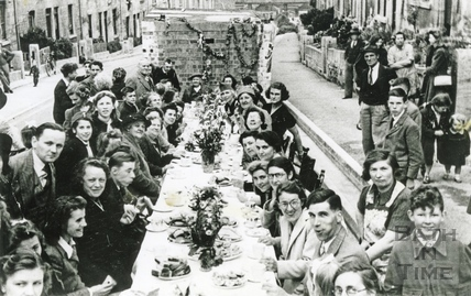 Street Party, Dartmouth Avenue c.1945