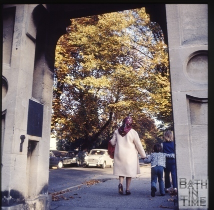 Waling through the gates to Crescent Gardens c.1975