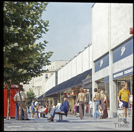 Southgate Street and the Southgate Centre c.1975
