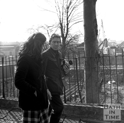 Lord Snowdon chats with an anti tunnel campaigner in the Green Park area March 1972