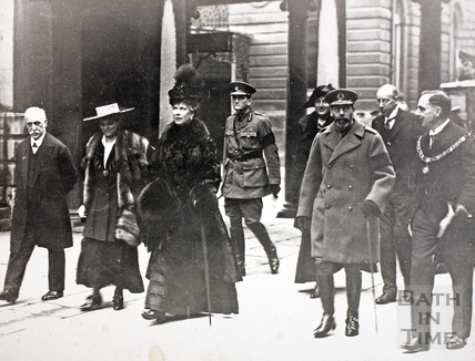 King George V and Queen Mary walk to the Pump Room 1917