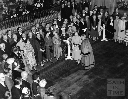 The Queen with Mayor Sydney Arthur Smith inside the Pump Room 1956