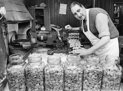 Leonard Thickett, the last sweet maker at the Trowbridge firm, R.A. Wilkins c.1974