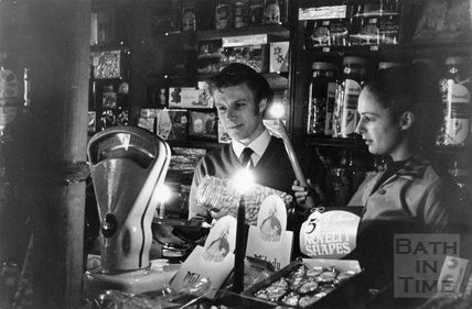 Candlelit shopping during a power cut