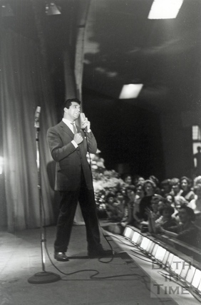 Frankie Vaughan onstage at the Pavilion, October 1958