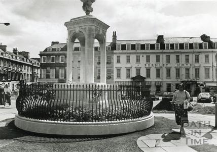 The Mineral Fountain, Terrace Walk 3 August 1989