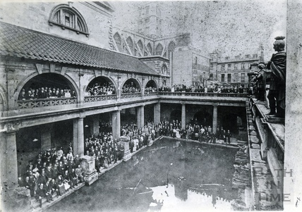 An unknown gathering at the Roman Great Bath c.1910