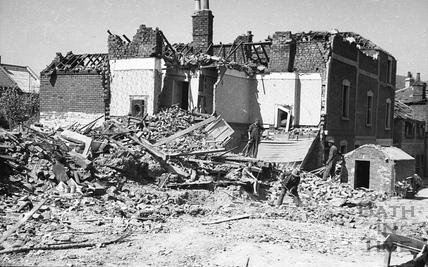 Westmoreland Street, April 1942