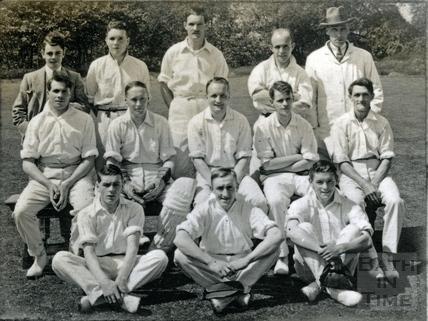 Stothert & Pitt cricket team, 1928