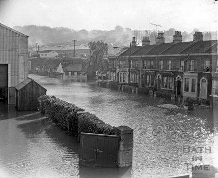 Stothert & Pitt flood scenes, Lower Bristol Road 29 October 1960