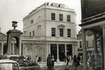 The newly built Momentos shop and offices 30 April 1973