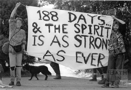 Protesters and their banner 19 Sept 1994