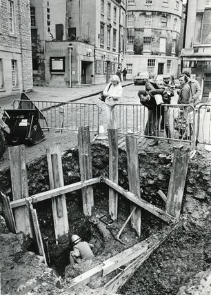Excavations in Bath Street, 20 January 1986