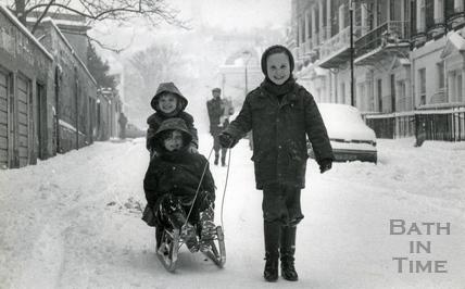 Children tobogganing in Upper Church Street, 1982