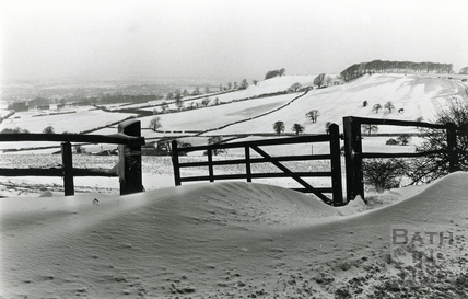 A view of Freezing Hill in the snow, Jan 1987