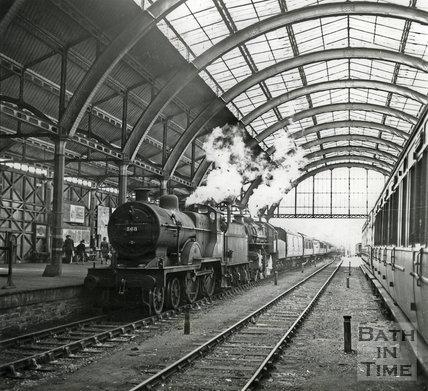 Engine 568 at the platform at Green Park Station, Bath, c.1947