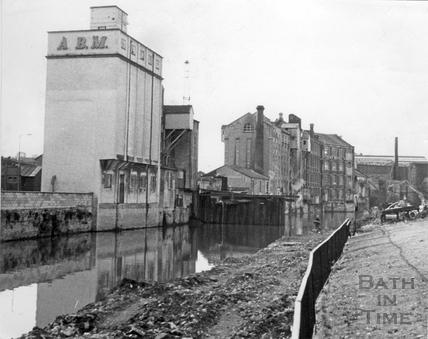 The former Malthouse, Lower Bristol Road 13 Nov 1972