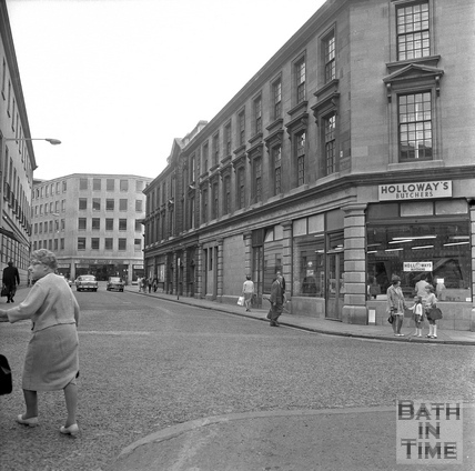 The corner of Southgate Street and New Orchard Street looking east, 20 July 1971