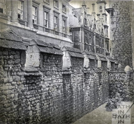 The reconstructed city wall, Upper Borough Walls, 31 Aug 1971