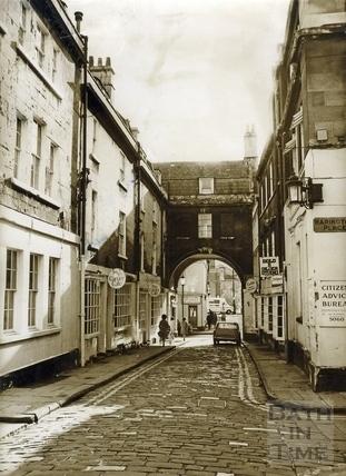 Trim Street, 26 Nov 1973