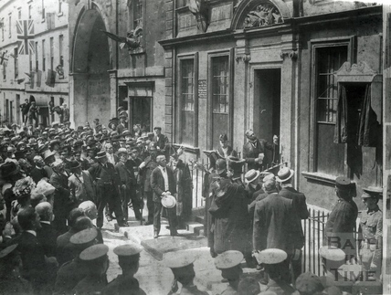 Sir Gilbert Parker unveiling a tablet to General Wolfe at 5 Trim Street 1909