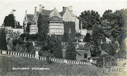 St Catherine's Court, south front and garden, view from the south c.1912